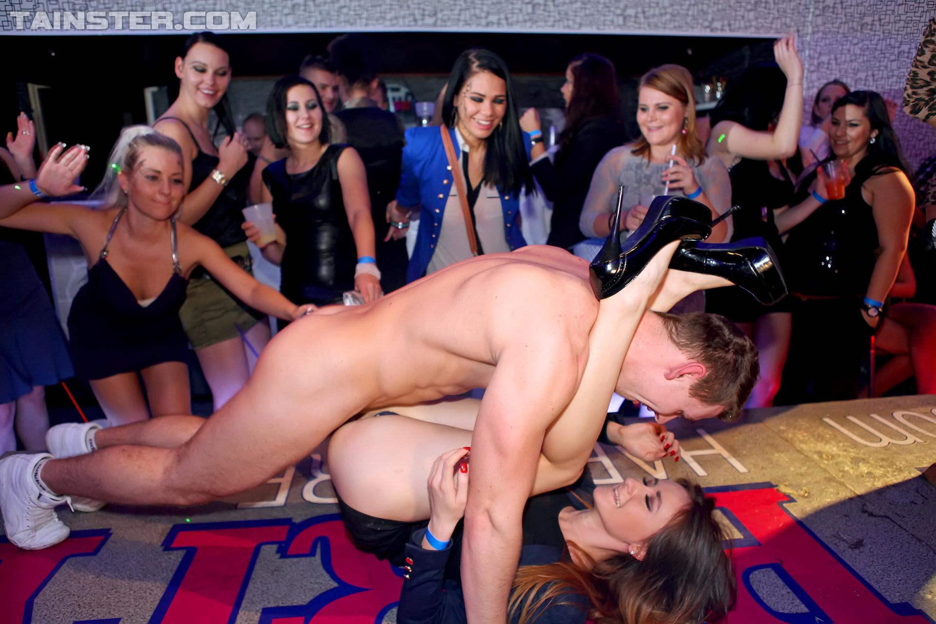 Секс пати вечеринка шоу фото 15 фотография